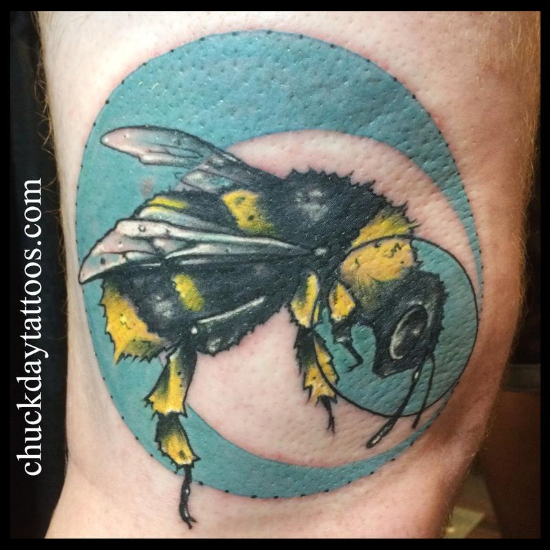 19 Knee Tattoo Designs Images And Pictures: Bees Knee By Chuck Day : Tattoos