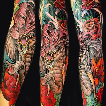 tattoos/ - circus elephant - 131256