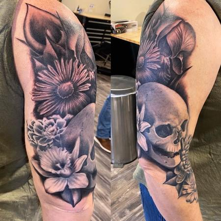 tattoos/ - Ryan Cumberledge Flowers and Skull - 141053