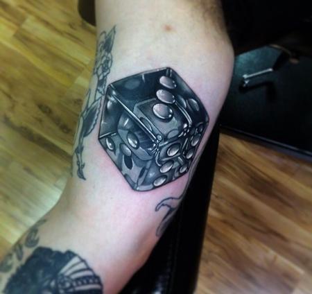 tattoos/ - Dice - 91743