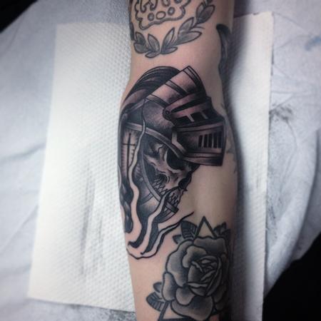 tattoos/ - knight skull - 101418