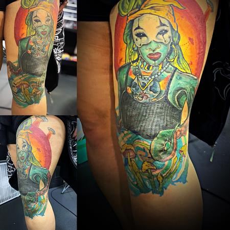 tattoos/ - UFOs and octopus women  - 140002
