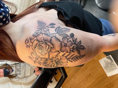 tattoos/ - Stippled flowers - 142387