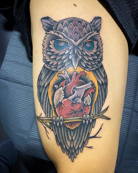 tattoos/ - Owl with a big heart - 141999