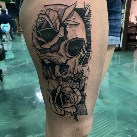 tattoos/ - Skull with Roses - 142744