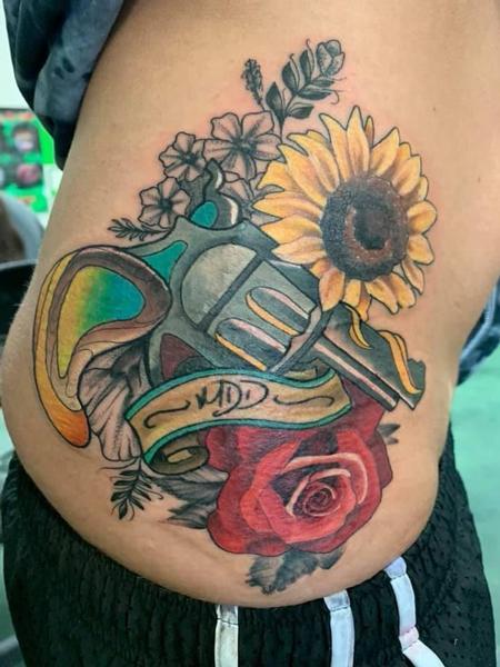 tattoos/ - Pistol w/Flowers - 139170