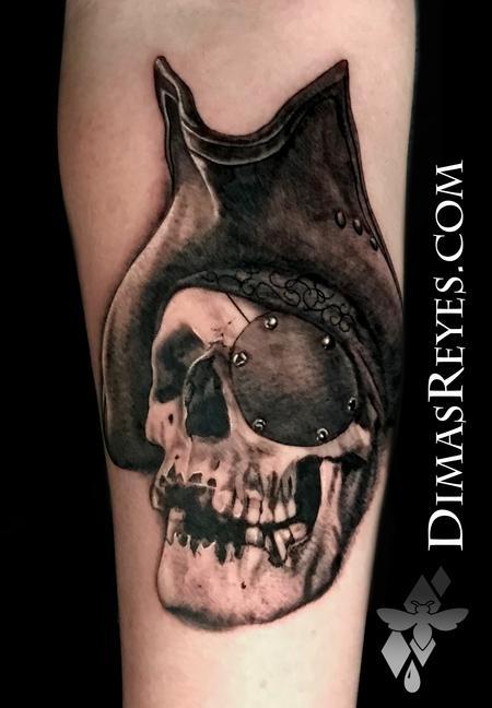 tattoos/ - Black and Grey Realistic Pirate Skull Tattoo - 142139