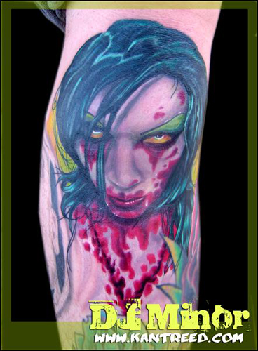 tattoos/ - Gore Whore, on a knee - 22264