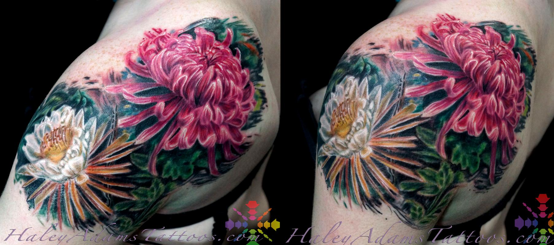 Haley Adams Tattoo Tattoos Oddities Flowers On Shoulder And