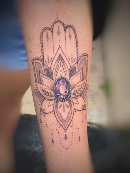 tattoos/ - Jewel hamsa - 141577