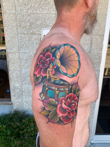tattoos/ - Gramophone and Roses - 139735